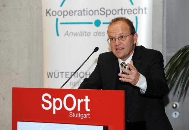 Christoph Wüterich Der körperliche Raubbau lässt sich nicht ohne Weiteres damit rechtfertigen, dass die Sportler besonders viel Geld