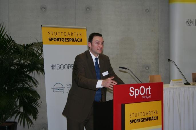 Marius Breucker Das Recht stellt dem professionellen Sport Konfliktlösungsmechanismen zur Verfügung